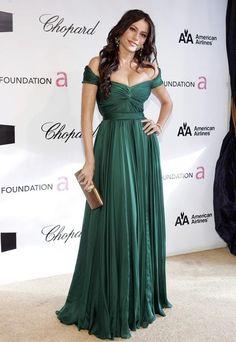 Sofia Vergara Green Evening Dress Oscar Awards 2008 After Party - és az én ruhám :))) Green Evening Dress, Lace Evening Dresses, Green Dress, Evening Gowns, Oscar Dresses, Prom Dresses, Dresses 2016, Red Carpet Gowns, Dresses For Less
