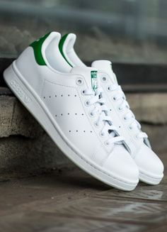 best sneakers 3e4d5 5d3be Adidas Stan Smith branco e verde. Tenis Adidas Stan Smith, Adidas Smith,  Adidas
