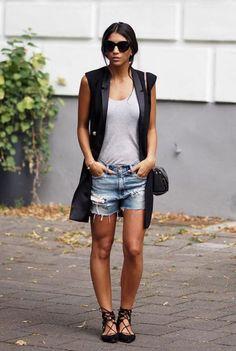 Colete e jeans