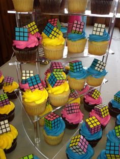 Cupcakes from grocery store. Rubiks from Oriental trading. I was going for easy/ 80s Bachelorette Parties, Bachelorette Party Cupcakes, 23rd Birthday, Birthday Party For Teens, 50th Birthday Party, Cupcake Party, Party Cakes, Retro Birthday, Record Cake
