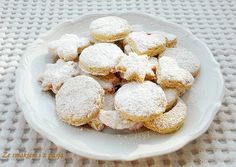 Ze smakiem i z pasją: Kurabiedes - greckie ciasteczka maślane z migdałami
