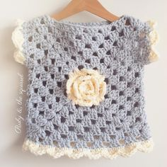 months soft grey top with cream rose and scallop edging. I love these colours ? months soft grey top with cream rose and scallop edging. I love these colours ? Poncho Au Crochet, Beau Crochet, Pull Crochet, Crochet Baby Sweaters, Baby Girl Crochet, Crochet Baby Clothes, Crochet Jacket, Crochet For Kids, Baby Knitting
