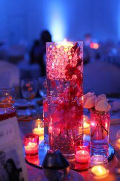 reception table arrangement // wedding