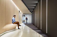 A Look Inside Model Office Suite in Willis Towers - Officelovin'