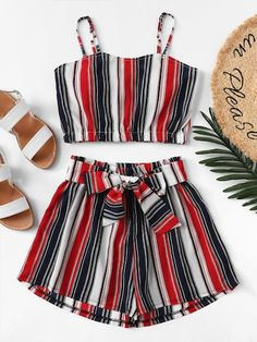 Shop [good_name] at ROMWE, discover more fashion styles online. Teen Girl Outfits, Teen Fashion Outfits, Cute Fashion, Outfits For Teens, Girl Fashion, Teenage Outfits, Fashion Styles, Petite Fashion, Fashion Fall