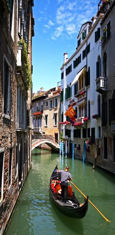 Gondolas and canals in Venice, Italy | 10 Amazing Photos of Venice, the City Blessed with Eternal Love