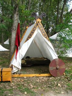 Very nice, easy and simple. Traditional Viking tent frame; easy to build, transport, set-up and take down.