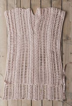 Since this piece is so simple, it's incredibly easy to customize. You can make it shorter or longer depending on your # crochet clothes free summer dresses Free Crochet Pattern for the Easy, Breezy Swim Cover — Megmade with Love Pull Crochet, Gilet Crochet, Mode Crochet, Crochet Cover Up, Crochet Diy, Crochet Skirts, Crochet Tunic, Crochet Woman, Crochet Clothes