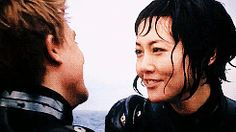 Raleigh and Mako gif. I love the way he kinda looks up at her and smiles. Love Movie, Movie Tv, Rinko Kikuchi, Gipsy Danger, Group Poses, All Tv, Fiction Movies, Charlie Hunnam, Pacific Rim
