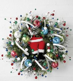 RAZ Curly Garland  White Made of Plastic Measures 15'  RAZ 2016 North Pole Village *Extra image shows how product could be used on a wreath, other items not included.