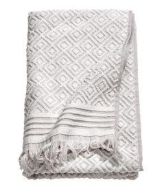 Jacquardvevd badehåndkle | Lys grå/Mønstret | Home | H&M NO