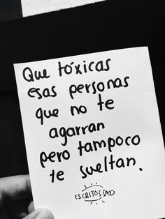 Si, son como una piedra en el zapato, no dejan avanzar. Cute Quotes, Sad Quotes, Best Quotes, Inspirational Quotes, Simple Words, Love Words, Positive Messages, More Than Words, Spanish Quotes