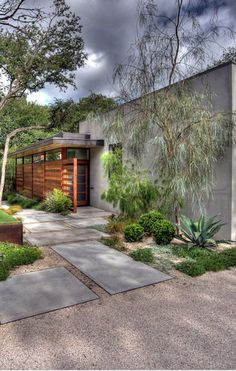 Contemporary Garden Design Ideas And Tips: How To Create Modern Garden Design Rock Garden Design, Contemporary Garden Design, Garden Landscape Design, Contemporary Landscape, Garden Modern, Modern Design, Patio Design, Modern Contemporary, Landscape Pavers