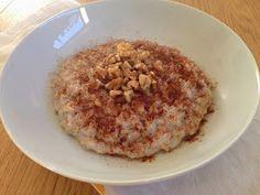 *Momsemat: Byggrynsgrøt Oatmeal, Breakfast, Food, The Oatmeal, Morning Coffee, Rolled Oats, Essen, Meals, Yemek