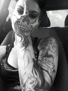 40 Tatouages Surprenants Qui Creent Des Illusions Doptique Hypnotisantes Tattoo Sleeve Girlhand
