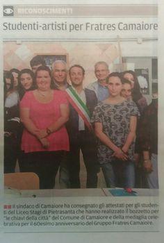 """Studenti premiati da Fratres Camaiore. """"Il Tirreno, 8.6.2016"""