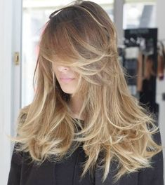 50 Cute and Effortless Long Layered Haircuts with Bangs - Layered Messy Hairstyle For Long Hair - Haircuts For Long Hair With Layers, Layered Haircuts With Bangs, Long Hair With Bangs, Long Curly Hair, Curly Hair Styles, Wavy Hair, Hair Updo, Thin Hair, Hairstyles With Bangs