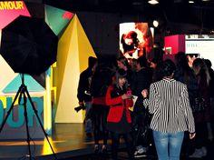 Stand Publicitario de la revista GLAMOUR en la Mercedes Fashion Week de Madrid (primavera/verano 2013)