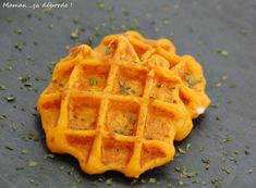 Carrot puree waffle – Mom … it's overflowing Crockpot Recipes, Snack Recipes, Pumpkin Spice Cupcakes, Kitchen Recipes, Food Items, Cooking Time, Finger Foods, Kids Meals, Healthy Snacks