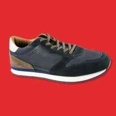 Sneakers zum Anzug? Für alle modebewussten Herren, die Freitags elegant und trotzdem lockerer ins Büro marschieren möchten, empfehlen wir diese Leder Sneakers von Lloyd.