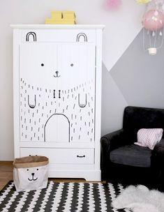 DIY Idee ° Kinderzimmerschrank Schnell U0026 Einfach Aufpimpen. Zimmer Für  Große JungsBaby KleiderschrankKinderzimmer ...