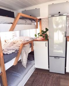 Looking for travel trailer remodel ideas? We have found some of the best caravan renovation ideas and put them all into one great post. Caravan Bunk Beds, Rv Bunk Beds, Triple Bunk Beds, Caravan Makeover, Caravan Renovation, Rv Living, Tiny Living, Travel Trailer Remodel, Travel Trailer Interior