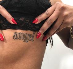 cool tattoo 9 super cool tattoo trends that are so popular in 2019 Ecemella Nail Tattoo, Piercing Tattoo, Tattoo You, Piercings, 777 Tattoo, Henna Arm Tattoo, Hip Tattoo Quotes, Tattoo Ribs, Knee Tattoo