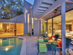 Amazing 1968 Mid Century Modern and cover feature of Better Homes and Gardens.   Price: $750,000