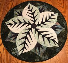 Poinsettia, Quiltworx.com, Made by CI Donna Mather Table Topper Patterns, Table Toppers, Foundation Paper Piecing, Square Quilt, Poinsettia, Textile Art, Squares, Fabric Design, Quilt Patterns
