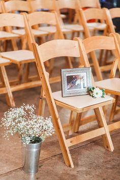 Saved a seat for my grandfather. In memory of a loved one who has passed away. November wedding. Barn wedding. Jourdan and Micheal Cobb, Arkansas.  Photo: Megan Burges Gilliam