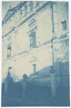Fachada de la Universidad de Alcalá de Henares. Cianotipo. Fondo Lampérez.  http://bvirtual.bibliotecas.csic.es/csic:csicalepharc000067636