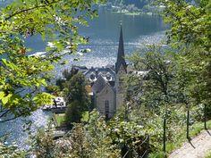 A Europa é um continente muito versátil que apresenta ofertas de destinos para todos os gostos: grandes cidades, pequenas vilas, praias fantásticas, montanhas e serras isoladas.Existem aquelas cidades ...