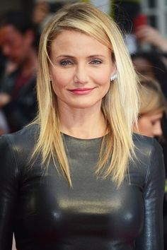 cameron diaz uk premiere the other woman 01 Cameron Diaz Plastic Surgery Cameron Diaz Plastic Surgery, Hollywood Celebrities, Hollywood Actresses, Cameron Diaz Hair, John Malkovich, Celebrity Plastic Surgery, Charlize Theron, Beauty Hacks, Hair Styles