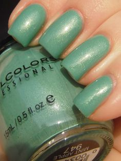 Sinful Colors - Mint Apple, BNNU, 50 cents (if purchased w/another bottle where shipping is included)