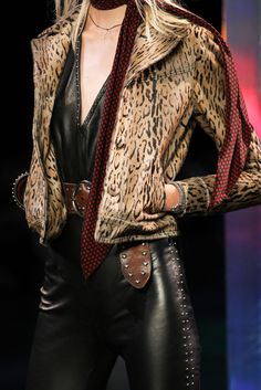 Saint Laurent Spring 2015 Ready-to-Wear - Details - Gallery - Look 16 - Style.com