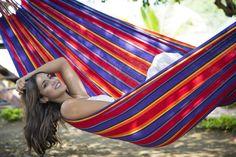 I love those colours! our hammock Yagua Morada find it on lallax.de  #hängematte #hammock
