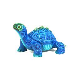 Tereso Fabian & Angelica Fabian: Miniature Turtle