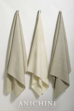 Linen towels are the best towels for you and the environment. They're eco-friendly, rejuvenate your skin, don't acquire smells, and last forever! Our Donatas flatweave linen towels are authentic and original - the essence of linen. #luxurybathroomdecor #modernrusticbathroomdecor #modernrusticbathroom #linenbathtowels