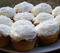 Coconut Cupcakes with Coconut Icing