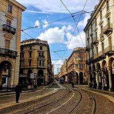 Lost in Turin ! Just amazing   #torino #turin #italy #italia #italy #semanasanta #pasqua #vacaciones #vacanze #vacances #trip #travel #traveling #travelgram #holiday #holidays #food #art #arte #architecture #squares #picoftheday  #living_europe #friends #amigos #placesofturin #italianfood #food #comida #calcio #streetphotography #ciauturin - photo by @guide_around