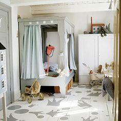 Idée chambre enfant touche de couleurs/ playroom bedroom kid color / Gloewen et Scrat