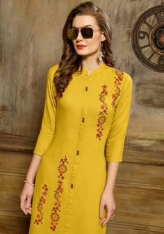 Embroidery Suits Punjabi, Embroidery On Kurtis, Kurti Embroidery Design, Embroidery Dress, Hand Embroidery, Kurti Neck Designs, Kurta Designs Women, Kurti Designs Party Wear, Stylish Dress Designs