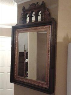 Espejo de estilo único, decorativo.