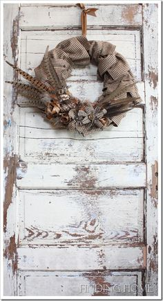 Gorgeous Fall Feather Wreath by Finding Home Burlap wreath with pheasant feathers Feather Wreath, Feather Crafts, Burlap Wreath, Fall Door Decorations, Pheasant Feathers, Autumn Crafts, Fall Home Decor, How To Make Wreaths, Holiday Wreaths