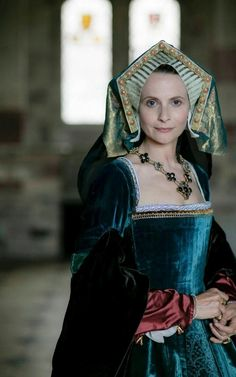 Alice Patten as Catherine Parr in 'Six Wives with Lucy Worsley' (2016)