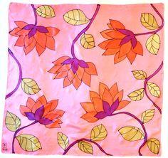 Large Square Silk Scarf Hand Painted Pink por SilkScarvesTakuyo