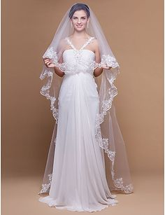 One-tier Chapel Wedding Veils With Scalloped/Lace Applique Edge (More Colors) - USD $ 9.99