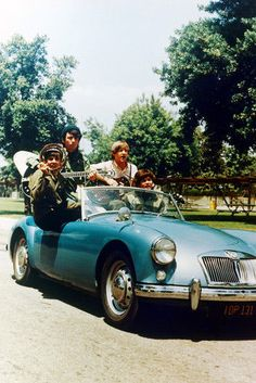 The-Monkees-11x17-Mini-Poster-MGA-classic-convertible-roadster-sports-car