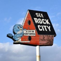 """Stay in Chattanooga,"" says the little bird at Rock City."