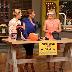 The Best Travel Gadgets - Rachel Rudwall shares her favorites on the Fab Life Show!  #Travel #RachelRudwall #FabLifeShow #TravelGadgets